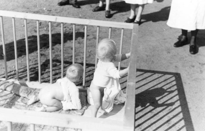 Fra mødre- og barnehjemmet på Hurdal Verk. Arkivreferanse: Riksarkivet, Lebensborn boks 108, RAFA2182U108_33